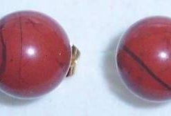 Cercei din carneol in forma de sfera, placati