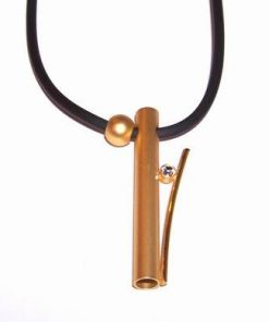 Pandantiv placat cu aur pe siret de silicon