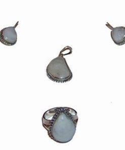 Set din argint cu cristale de piatra lunii 4 piese
