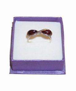 Inel din argint cu cifra 8 si doua cristale de chilimbar