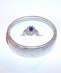 Inel din argint cu cristal de safir