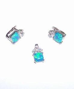 Set din argint cu cristale de opal