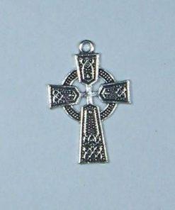 Pandantiv crucea celtica cu cerc
