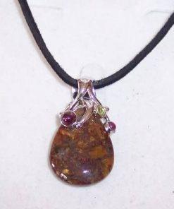Pandantiv din opal dendrit / merlinit, in montura de argint