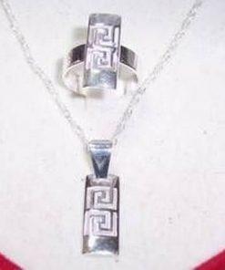 Set de bijuterii si argint cu simbolul sanatatii - deosebit