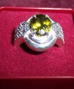 Inel din argint cu olivina si marcasit - model unicat !
