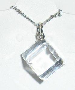 Pandantiv din cristal Swarovski, pe lantisor
