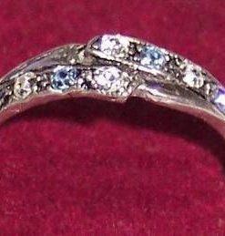 Inel din argint cu cristale de acvamarin