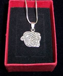 Pandantiv din argint - cap de vultur stilizat