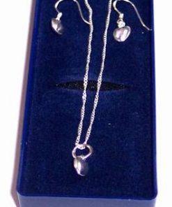 Set de bijuterii din argint cu inimioare