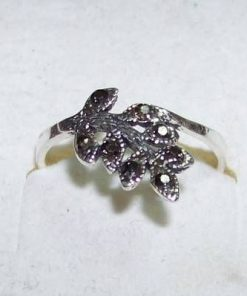 Inel din argint cu marcasit - model deosebit!