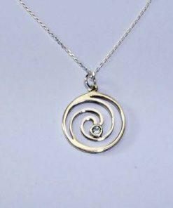 Spirala Reiki din argint cu topaz blu,pe lantisor din argint