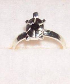 Inel din argint cu broscuta si cristal de onix
