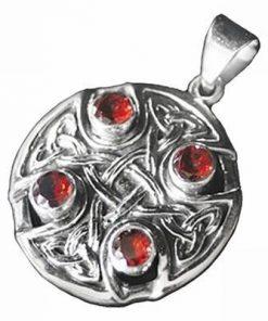 Pandantiv unisex din argint cu granat - Crucea Gotica