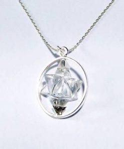 Merkaba din cristal de stanca in montura de argint