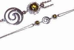 Bratara din argint cu cristal de olivina si spirala Reiki