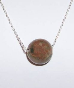 Pandantiv - sfera din epidot pe lant din argint