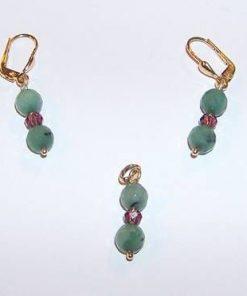 Set din aur de 14 K cu cristale de smarald multifatetate
