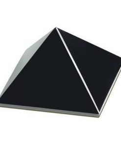 Piramida din azabache