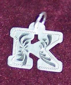 Pandantiv din argint cu initiala -K-- model deosebit!