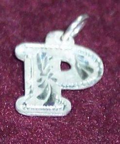 Pandantiv din argint cu initiala -P-- model deosebit!