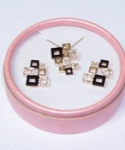 Set placat cu aur si cristale - Nodul Mistic stilizat