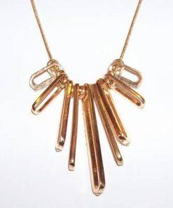 Colier placat cu aur si strasuri
