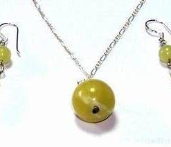 Set de bijuterii din jad si argint - deosebit!